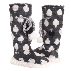Cozy Sheep Muk Luks, New
